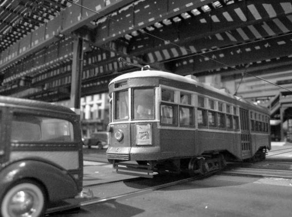 b-and-qt-8000-series-peter-witt-trolley_5691702823_o