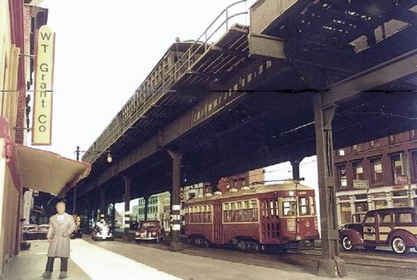 bmt-elevated-gate-car-local-approaches_5466853869_o