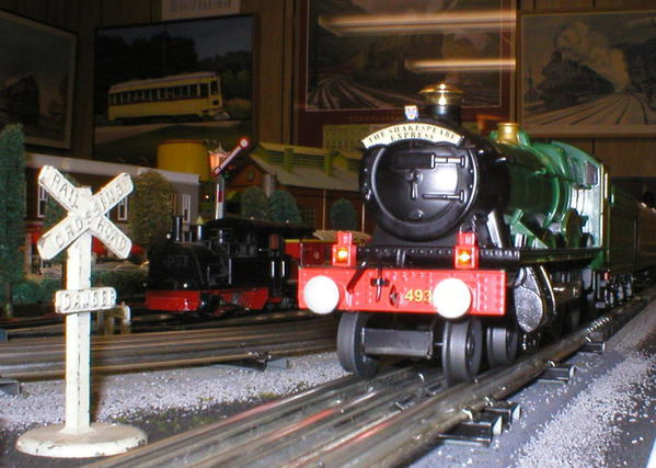 SHAKESPEARE EXPRESS AT NIGHT