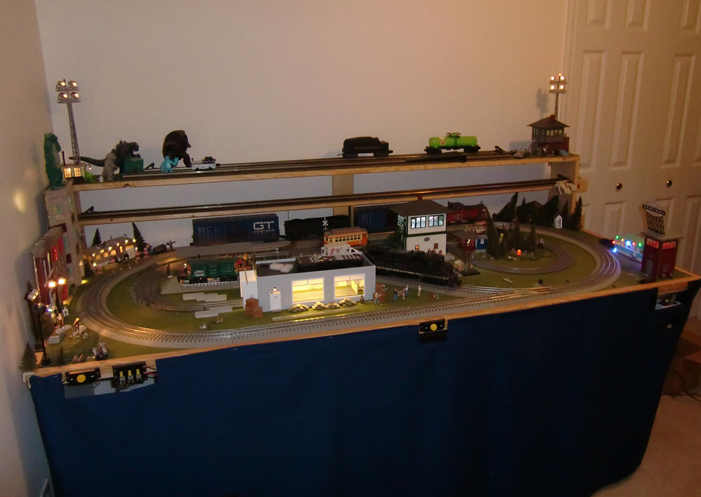 Who else has built a layout on a door o gauge railroading on line forum - N scale train layouts small spaces paint ...