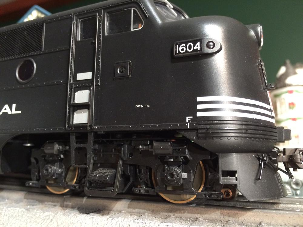 Correcting Atlas F2 Headlight Lens | O Gauge Railroading On Line Forum