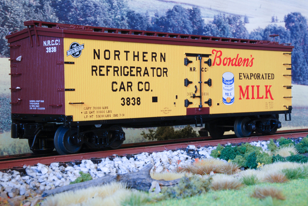 Atlas Borden's Milk 40' Wood Reefer