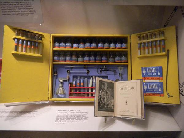 Lionel chemist