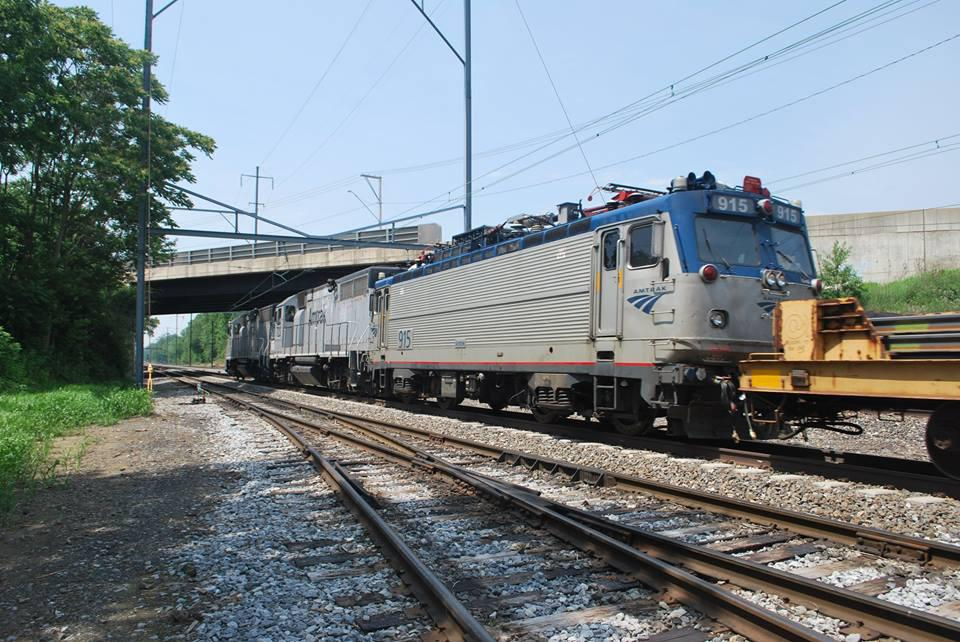 emd aem 7 amtrak donates aem7 to rrmofpa o gauge railroading on line forum