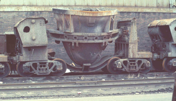 Steel mill slag car