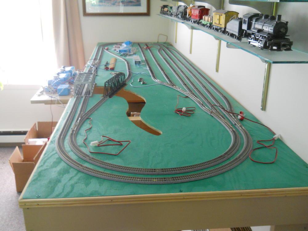 I am building an N gauge layout all Kato    O Gauge