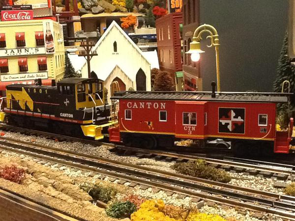Canton Switcher and caboose