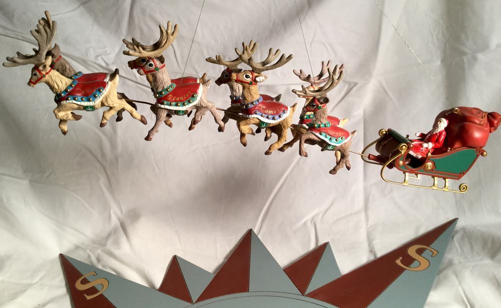 Polar express flying reindeer | O Gauge Railroading On Line Forum