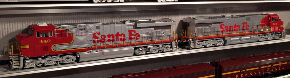 Lionel's Newly Delivered ES44AC's: A First Look   O Gauge
