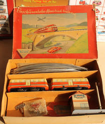 boxed 777 trolley set with station track key