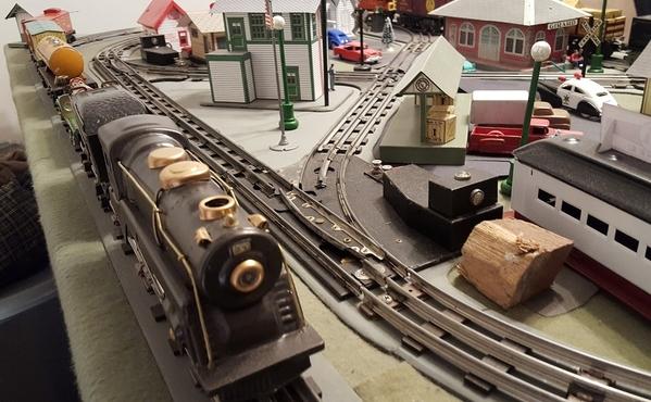 tin train 1