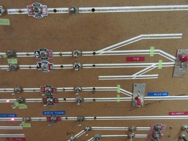 DCC PSX circuit breaker 05