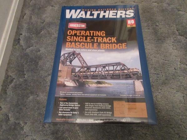 Bascale bridge walthers motorized 01