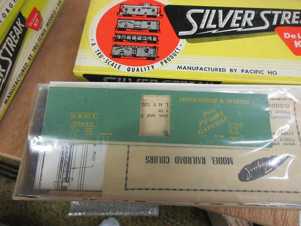 silver streak freight cars 04
