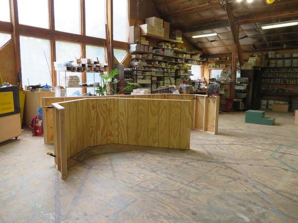 Straightforward layout base pieces in barn