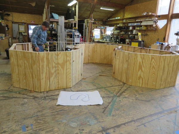 Straightforward Layout basic set up, with Ray Wood