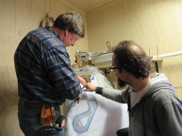Ray & Fletch checking out Basic Layout plans