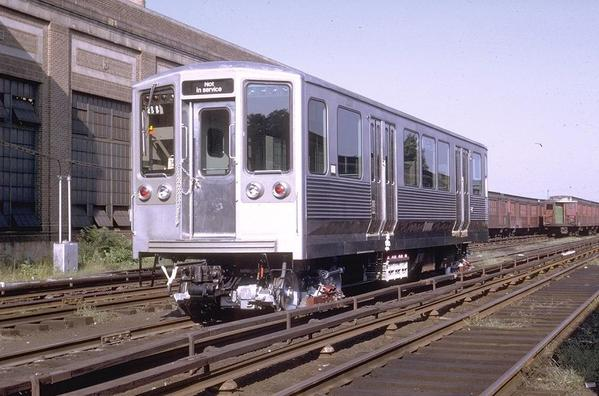 CTA 2200 Series 2211 -Broad St Fern Rock yards-8-24-1969