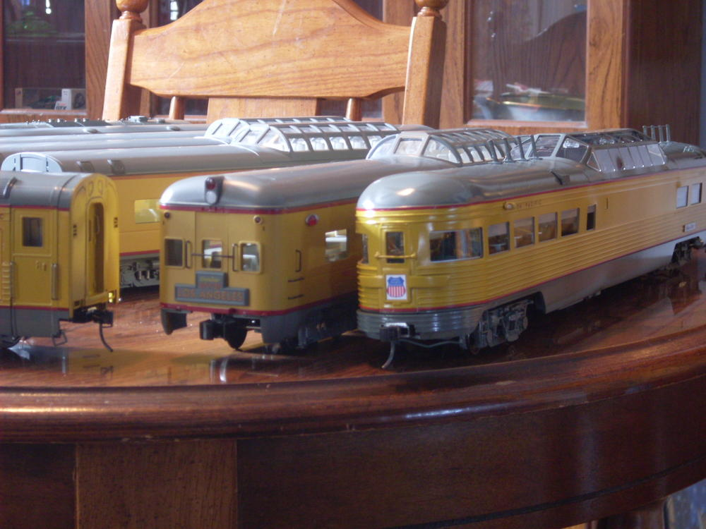 union pacific passenger cars o gauge railroading on line forum. Black Bedroom Furniture Sets. Home Design Ideas