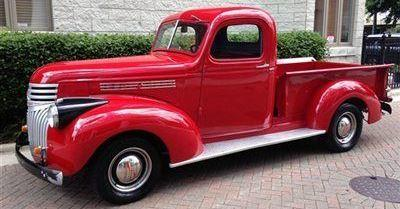 Gear Box 57157 1:43 scale diecast model of a 1941 Chevy Pickup   O