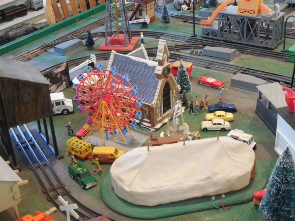 Train layout & room 1-19-2015 010