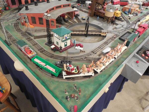 Trains, Rogers 12-27-2014 003