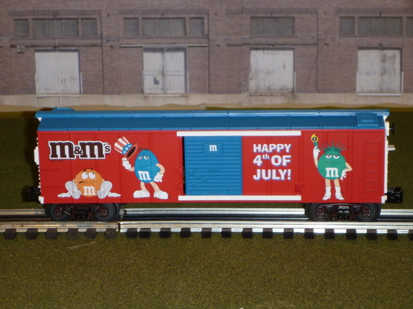 MTH RK M-M lighted boxcar
