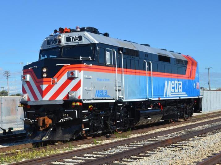 Metra rebuilt f40 39 s o gauge railroading on line forum for Electric motor repair chicago