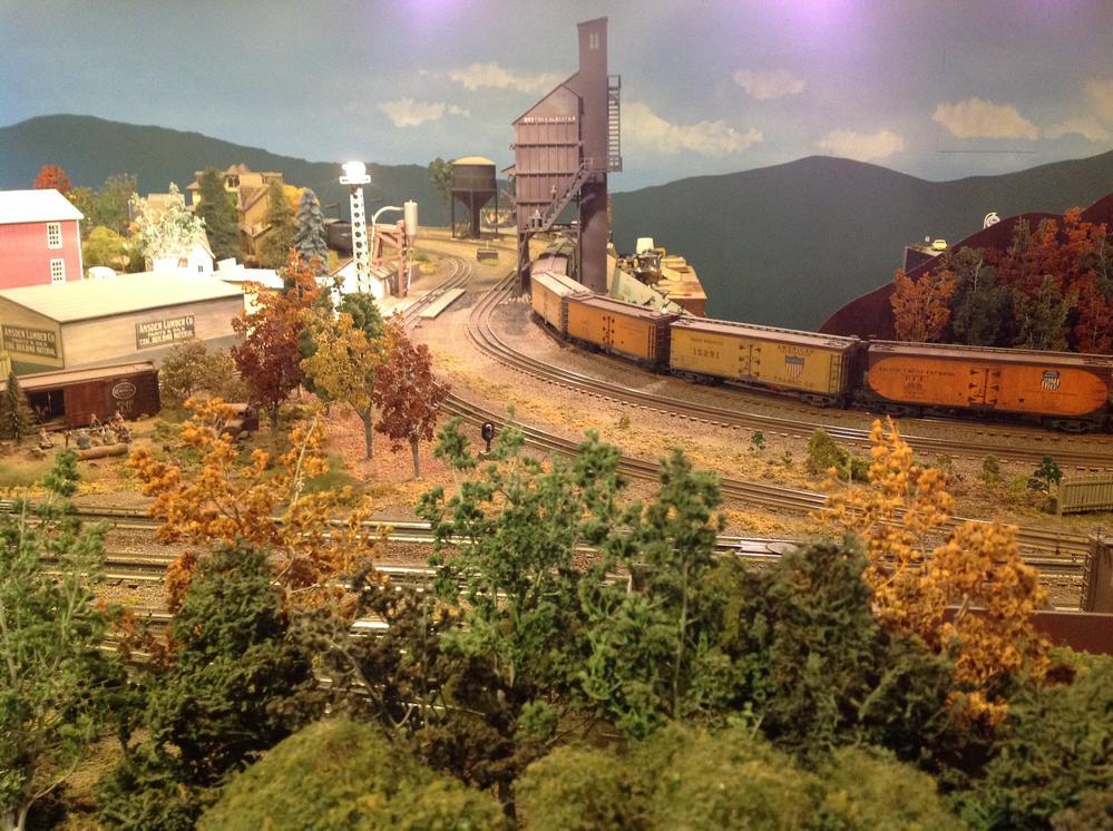 sunday scenic showcase october 2 2016 o gauge railroading on line forum. Black Bedroom Furniture Sets. Home Design Ideas