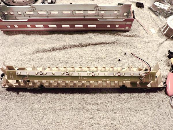 LED'S in AM Budd Cars 006