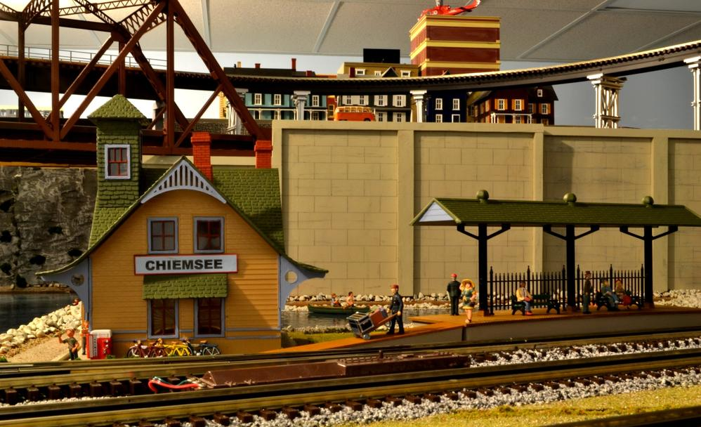 Lake chiemsee grows into resort new pics added o gauge for Design hotel chiemsee