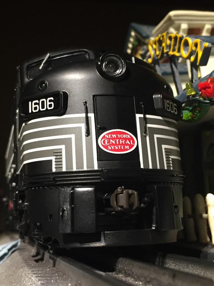 Fixing' the pilot on a recent Lionel F-unit? | O Gauge Railroading On Line Forum