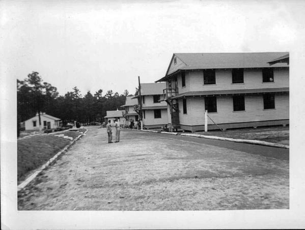 02-fort-jackson-barracks