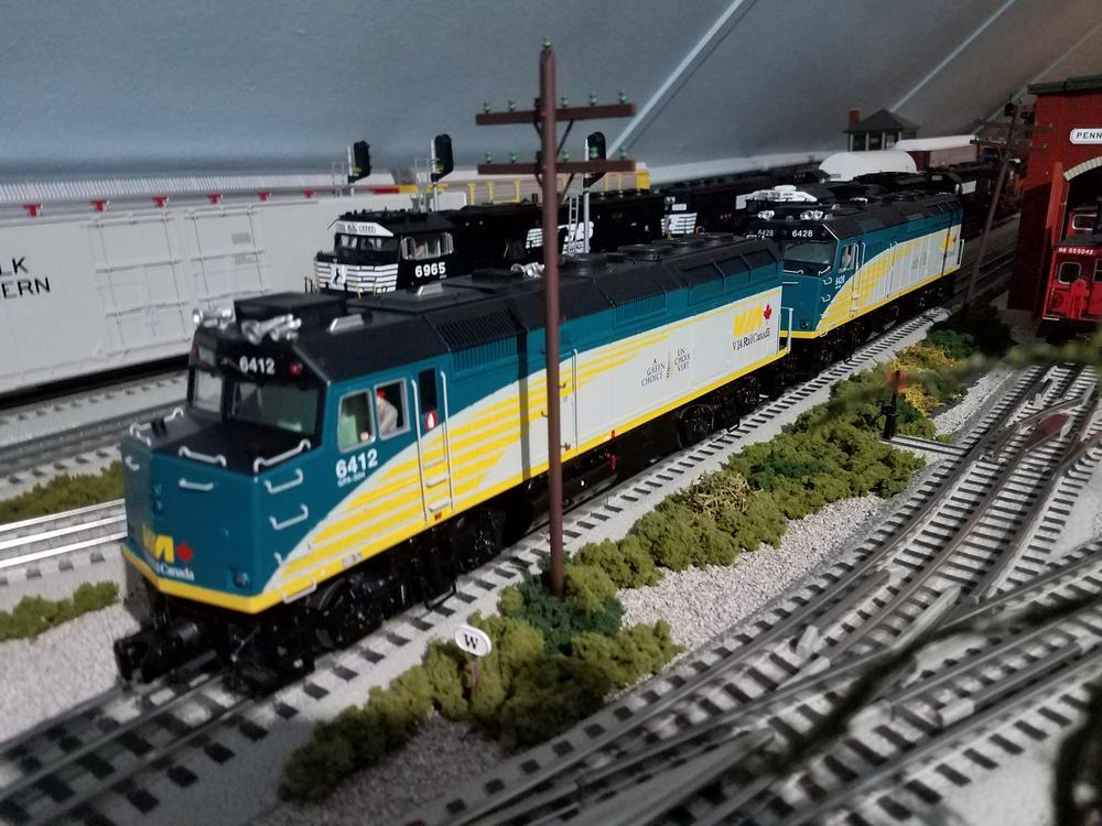 New VIA Rail F40PH | O Gauge Railroading On Line Forum F Locomotive Wiring Diagram on