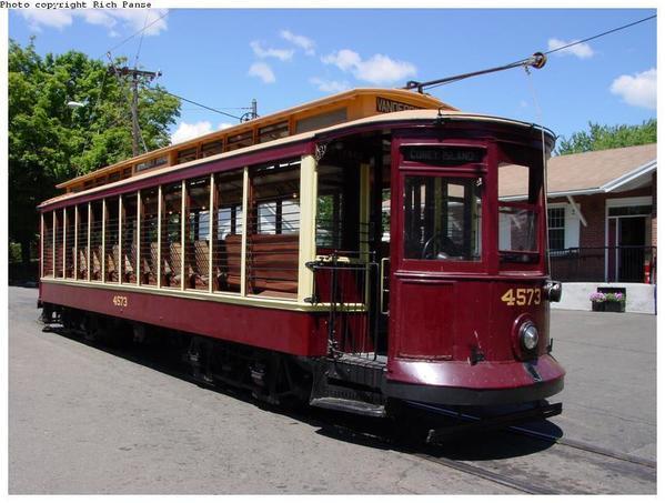 Brroklyn Trolley [4)