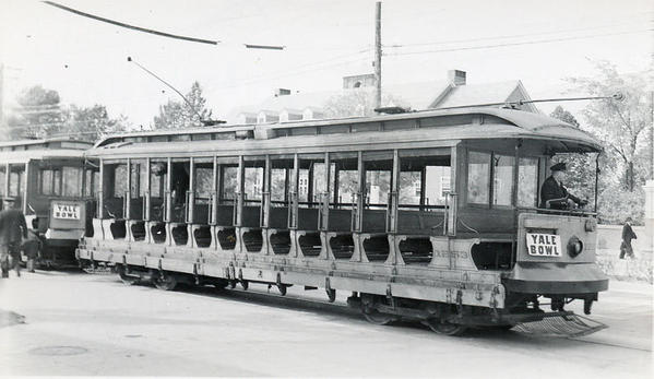 Trolley @ Yale Bowl [3)