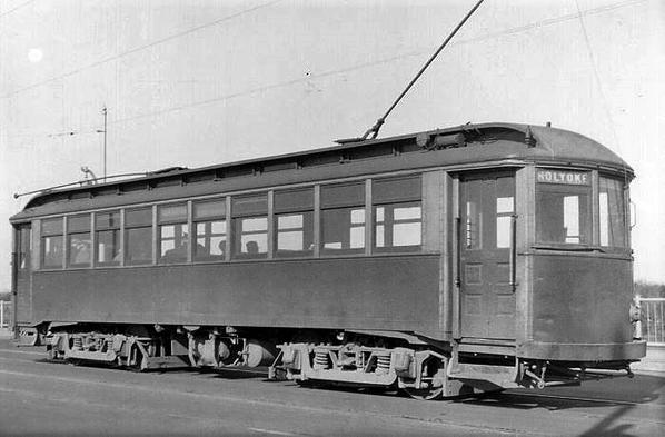 Holyoke Street Railway Car [4)