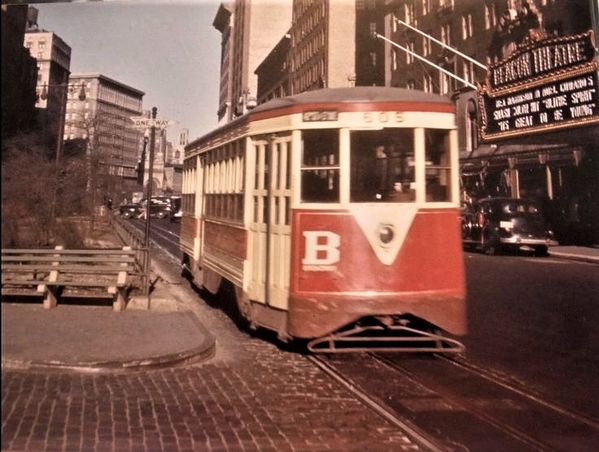 a38973915a46e830f07e76d5483e1487--trolley-broadway