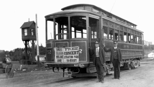 Colorado_Springs_&_Interurban_Railroad_car_1907_or_1908