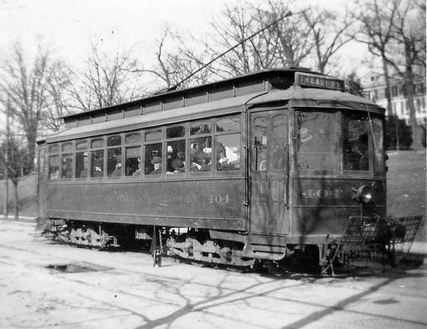 Washington Railway & Electric Co. #404 @ Eckington Plow Pit