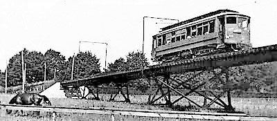 NY & Long Island Traction Co.'s Trestle OVer LIRR @ West Hempstead Station[1)