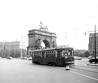 Brooklyn Trolley #8104 at Grand Army Plaza, 1949