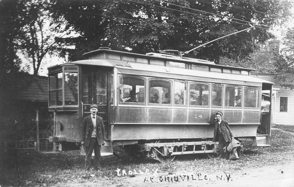 New Paltz & Poughkeepsie Traction Co. Trolley #14 at Ohioville