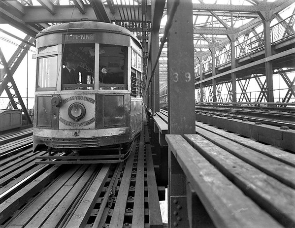 Trolley On Williamsburg Bridge