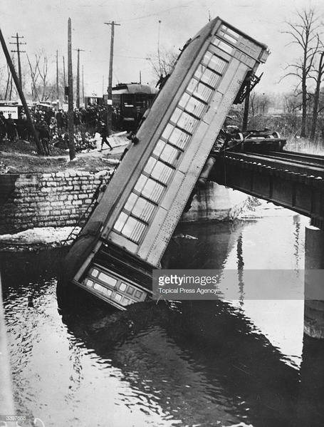 Trolley Jumps Track Into Desplaines River Near Chicago 1926