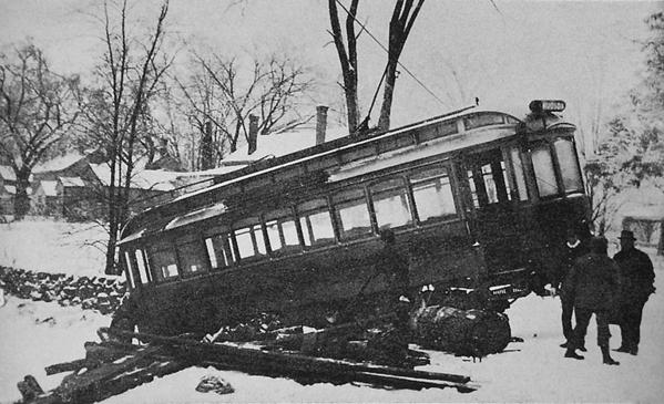CM&H 210 derail