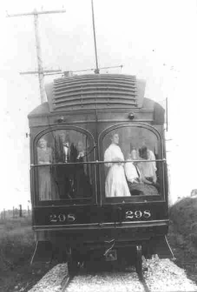 Union Traction 298 was one of Union Traction buffet-observation cars. Built by Cincinnati Car in 1906, it was out of service before 1921