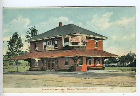 B&W Framingham_Junction_station_postcard