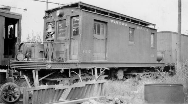 Winona Car 607