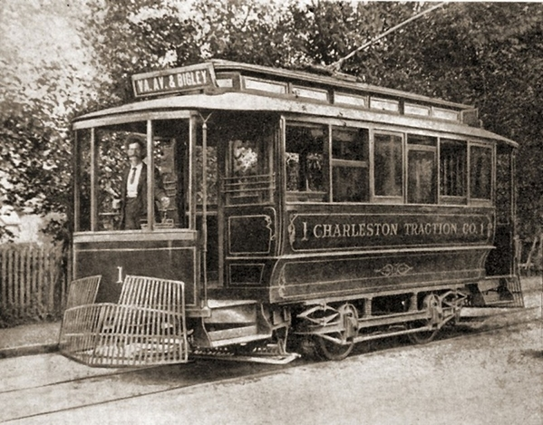 Charlston Traction Car 1